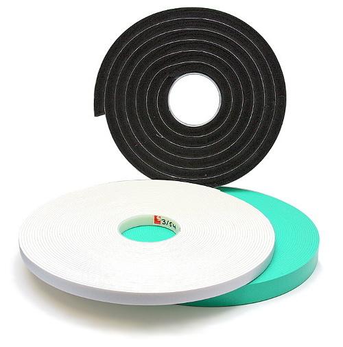 Lepící pásky jednostranné pěnové
